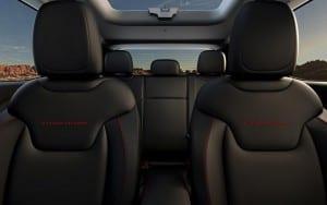2015-jeep-renegade-interior-seats