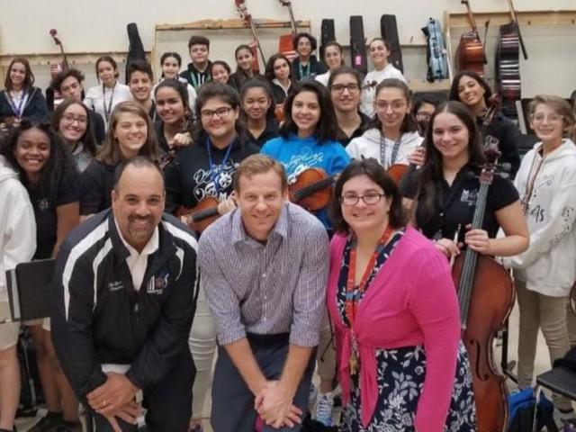 M-DCPS music teacher winner of Music Education Innovator Award