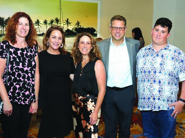 Jumbo BUSINESS EXPO at Margaritaville smashing success